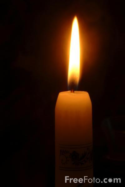 05_04_82-candle_web